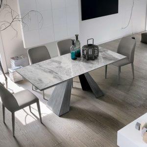 Mobilificio Coviello Caserta - Tavolo moderno
